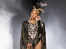"Beyoncé grava remix de ""Savage"" com Megan Thee Stallion; ouça"